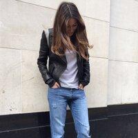 Philippa Bloom | Social Profile