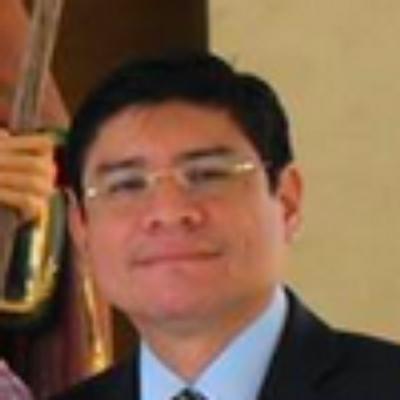 Carlos Jijón | Social Profile