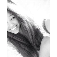 Chelsie C | Social Profile