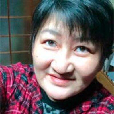 狸穴猫/松村りか   Social Profile