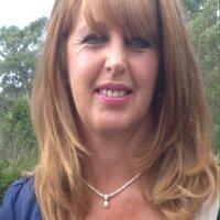 Linda Amos | Social Profile