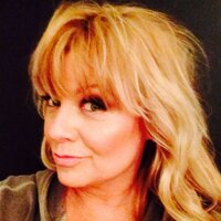 Lisa Legan  | Social Profile
