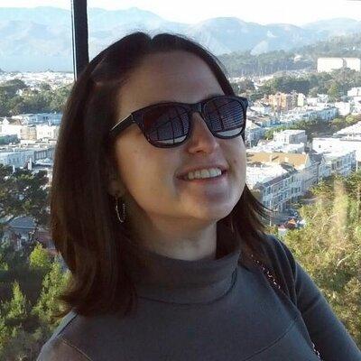 Halley Blythe   Social Profile