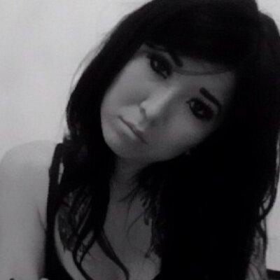 LaurenIshii | Social Profile