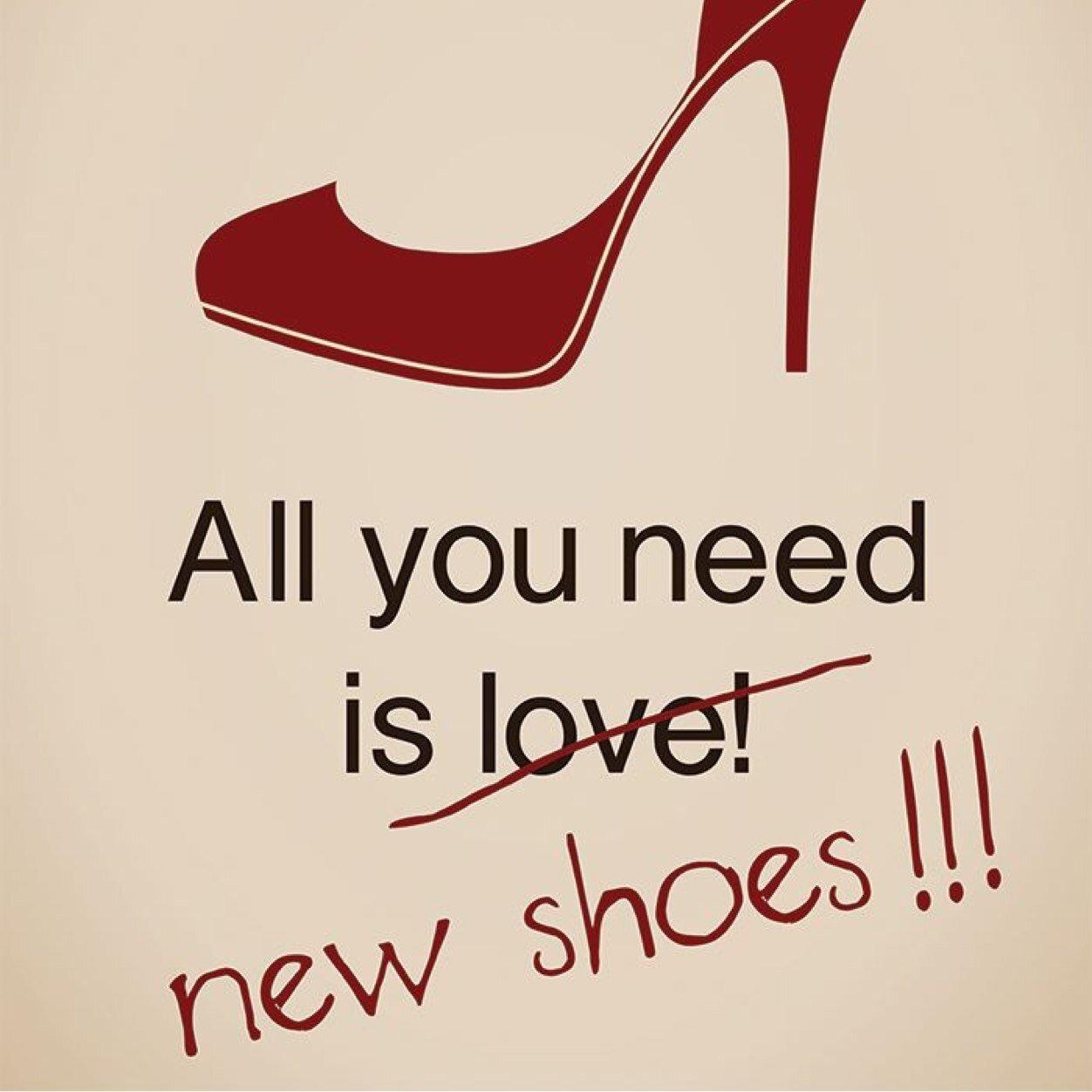 Цитаты про обувь и девушек