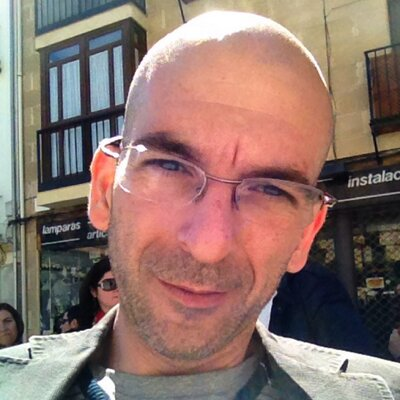 Javier de la Rosa   Social Profile