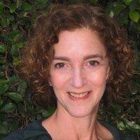 Melanie Elliott | Social Profile