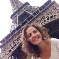 Leandra Lima | Social Profile