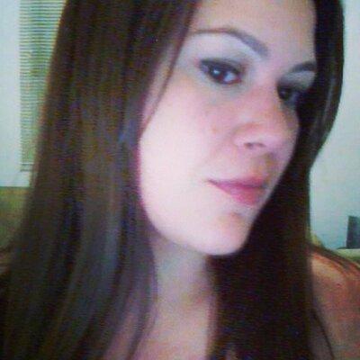 Cynthia Castro | Social Profile