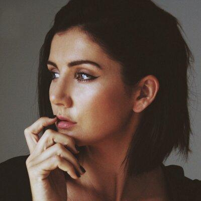 Oz Beauty Expert | Social Profile