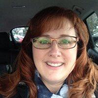 Sabrina Lochner | Social Profile