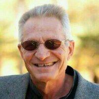 Tjaart van der Walt | Social Profile