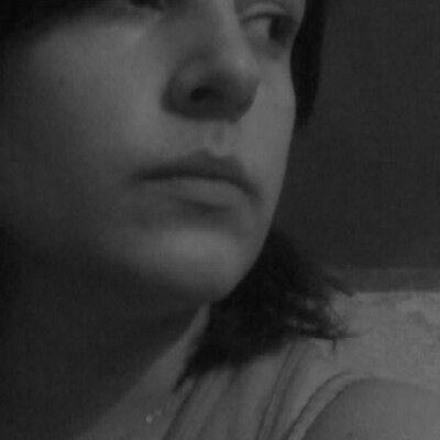 Victoria Del Giovine   Social Profile