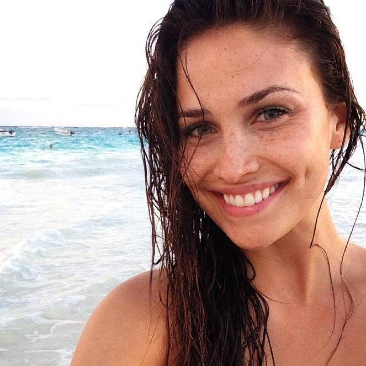 Lucinda Aragon naked 690