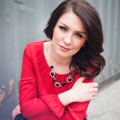 Lauren Schneider | Social Profile