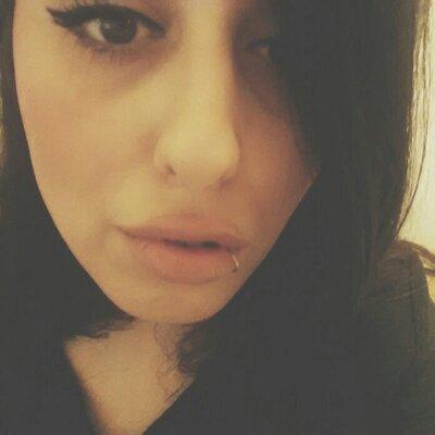 Liz Lemon Jr. | Social Profile