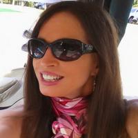 patricia hannigan | Social Profile