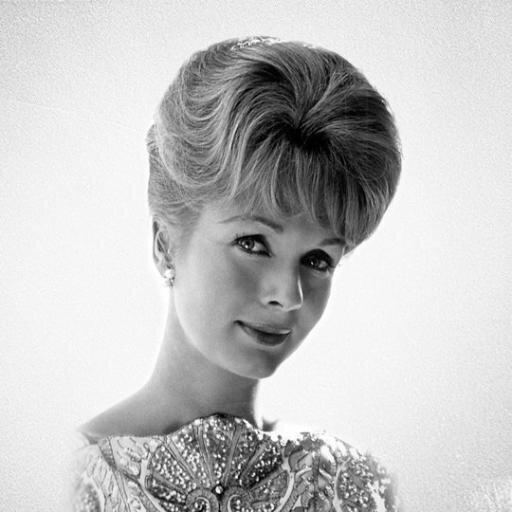 Debbie Reynolds Social Profile