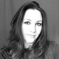 Christi Nielsen | Social Profile