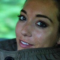 Victoria Beckett | Social Profile