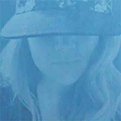 Kristin Nicholson | Social Profile