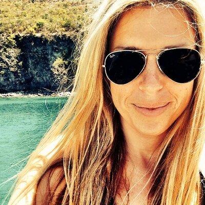 Sarah Crosland | Social Profile
