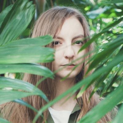 Liz Hull | Social Profile