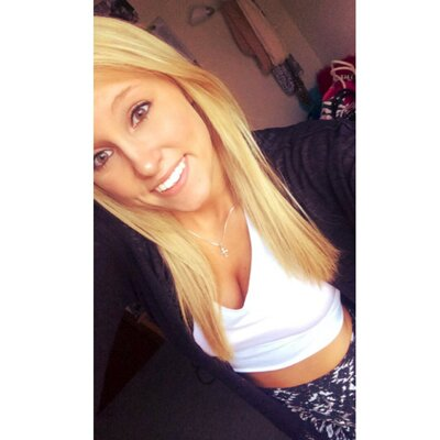 Samantha | Social Profile