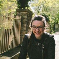 Lena Entrekin | Social Profile