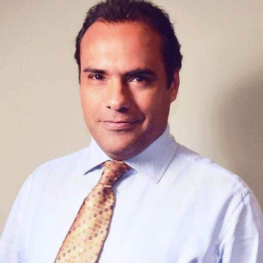 Victor Pizarro Social Profile