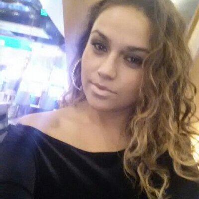 Tania | Social Profile