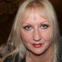 Christine Badger | Social Profile