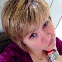 CarlaGee | Social Profile