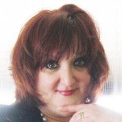 Mia Caruso | Social Profile