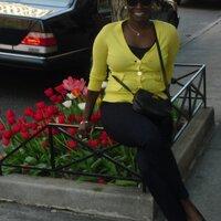 Lyn Harris | Social Profile