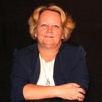 DianaEnnen | Social Profile