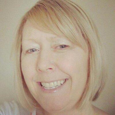 Karen Tomlinson   Social Profile