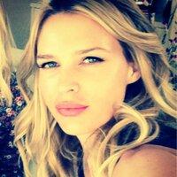 Sara Foster | Social Profile