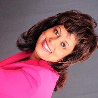 Desiree Gomes | Social Profile