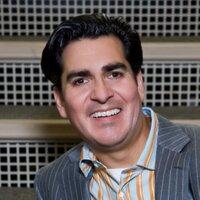 Dr. Armando Soto | Social Profile