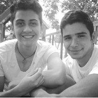 Narciso & Luis  | Social Profile