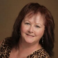 Deanna Jewel   Social Profile