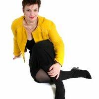 Vivian Slattery   Social Profile