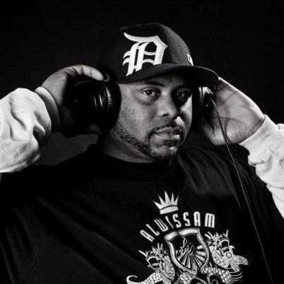 DJ WAXTAX-N DRE Social Profile