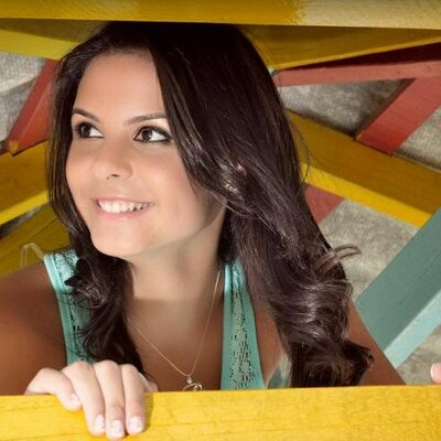 Priscila | Social Profile