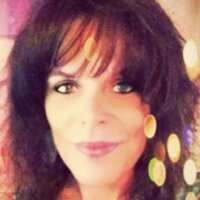 Shannon Marshall | Social Profile