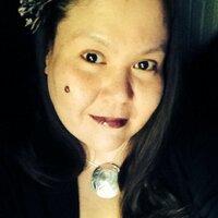  Lori | Social Profile