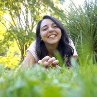 Pris Valenzuela  | Social Profile