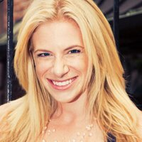 Stephanie Meyers   Social Profile