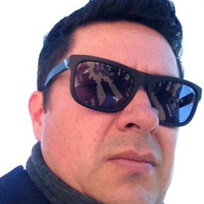 Isaac Cuevas | Social Profile